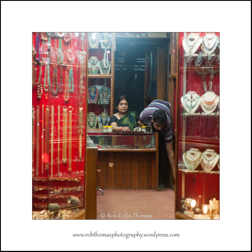 thamel-shop_05